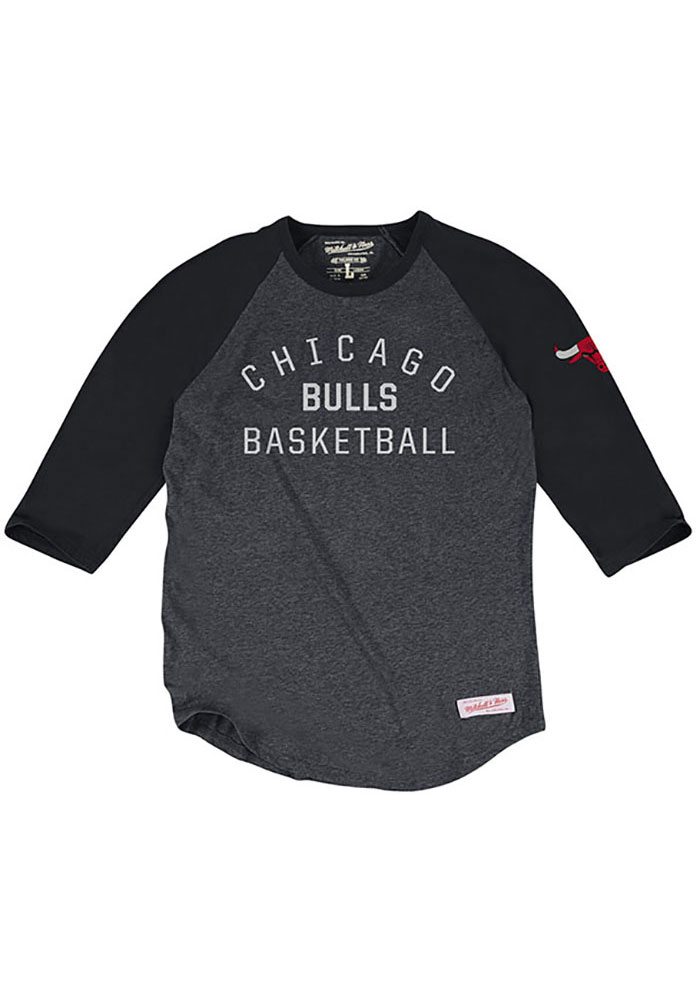 Mitchell and Ness Chicago Bulls Mens Black Team Issued Long Sleeve Fashion T Shirt - Image 1