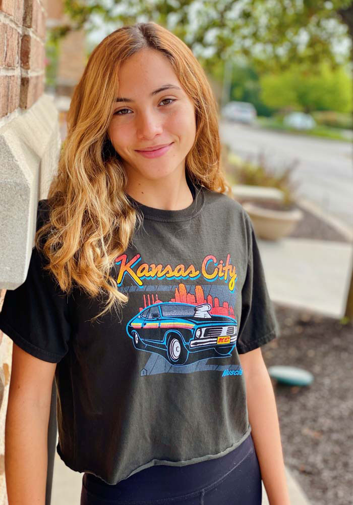 Kansas City Women's Muscle Car Cropped Short Sleeve T-Shirt - Reactive Black - Image 2