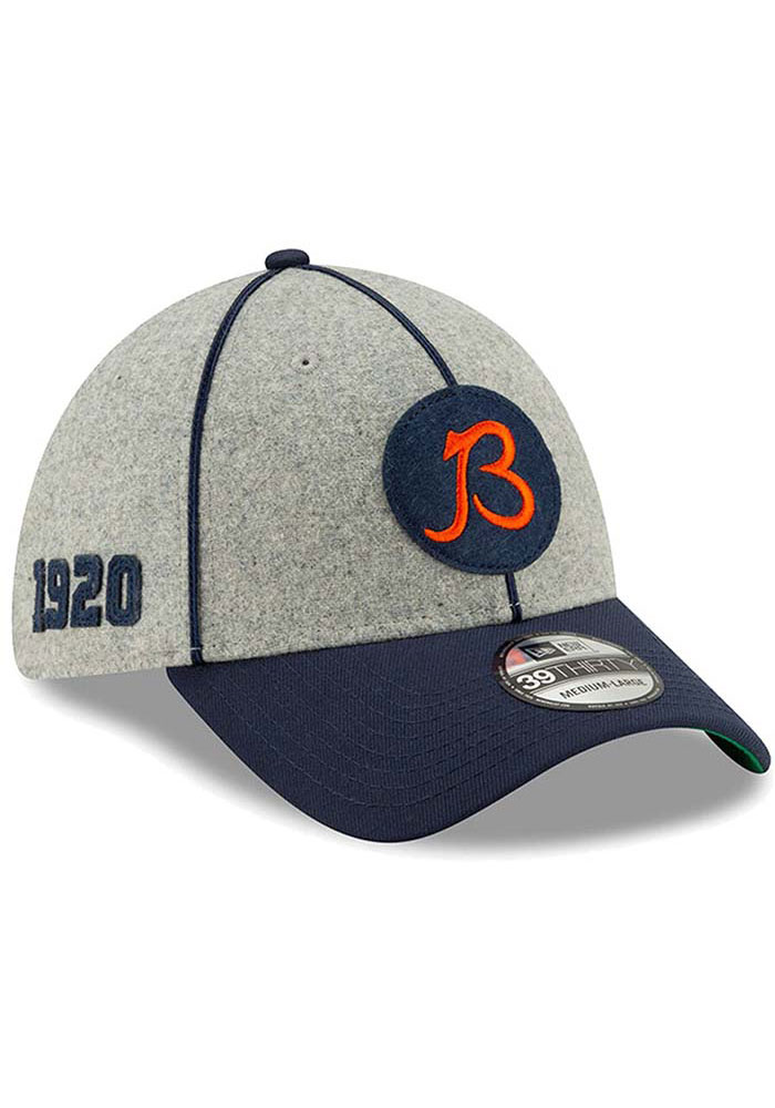 New Era Chicago Bears Grey JR 2019 Official Sideline Home 39THIRTY Youth Flex Hat - Image 1