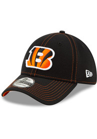 New Era Cincinnati Bengals Black JR 2019 Official Sideline Road 39THIRTY Youth Flex Hat
