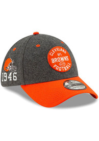 New Era Cleveland Browns Grey JR 2019 Official Sideline Home 39THIRTY Youth Flex Hat