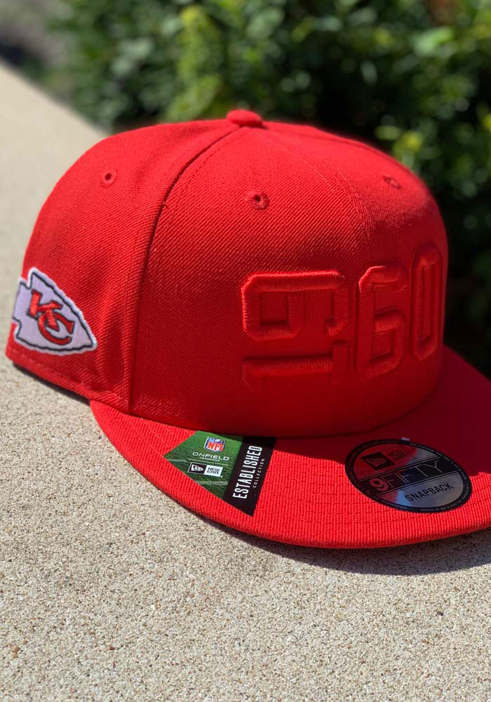 New Era Kansas City Chiefs Red 2019 Official Sideline ALT 9FIFTY Mens Snapback Hat - Image 8