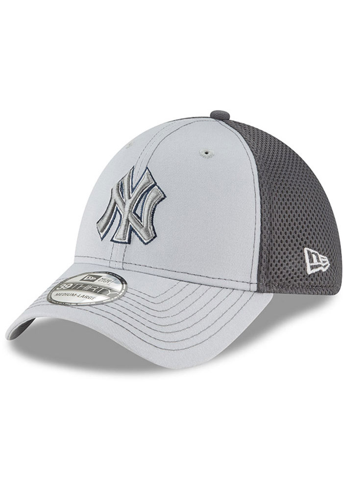 New Era New York Yankees Mens Grey Grayed Out Neo 39THIRTY Flex Hat - Image 1