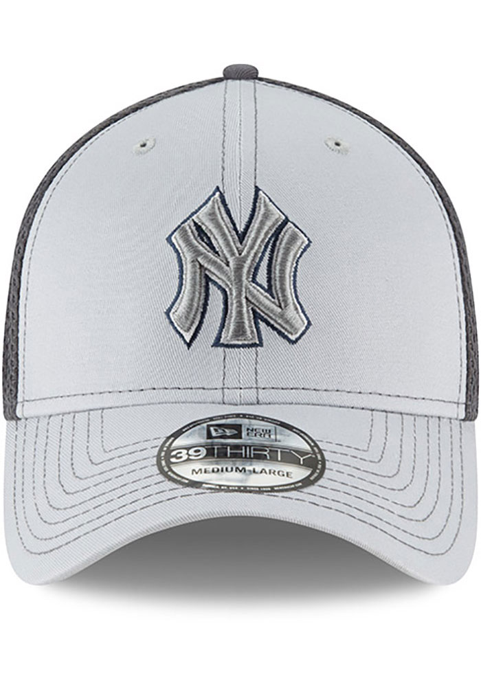 New Era New York Yankees Mens Grey Grayed Out Neo 39THIRTY Flex Hat - Image 3