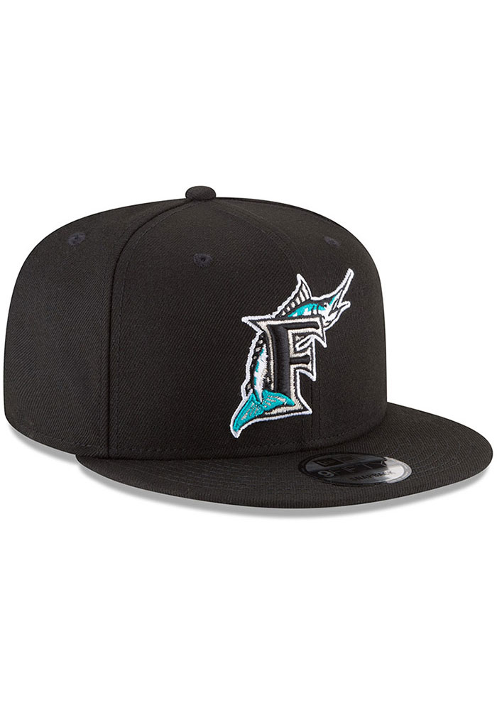 New Era Miami Marlins Black Basic 9FIFTY Mens Snapback Hat - Image 2
