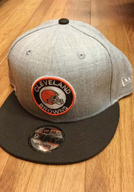New Era Cleveland Browns Grey Circle Logo Heathered 9FIFTY Snapback Hat