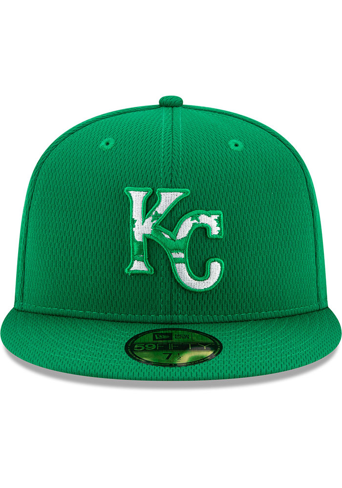 New Era Kansas City Royals Mens Green St. Pattys Day 2020 59FIFTY Fitted Hat - Image 3
