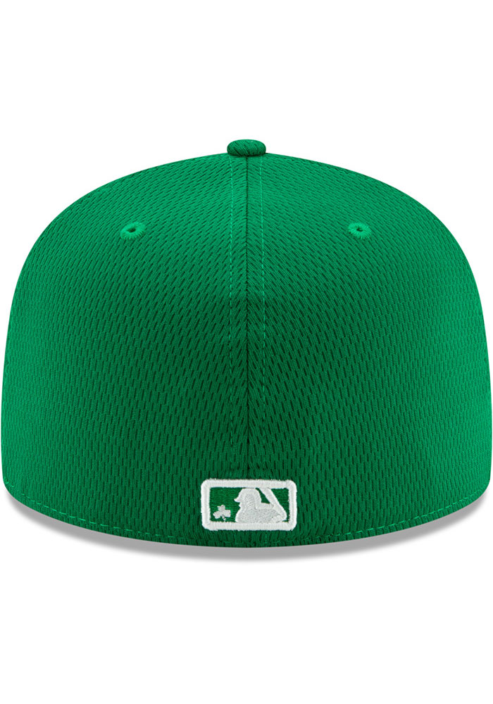 New Era Kansas City Royals Mens Green St. Pattys Day 2020 59FIFTY Fitted Hat - Image 5
