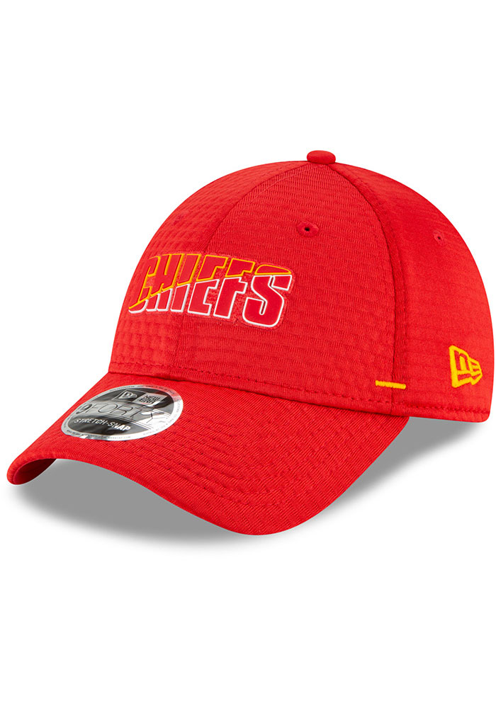New Era Kansas City Chiefs NFL20 Official Training SS 9FORTY Adjustable Hat - Red - Image 1