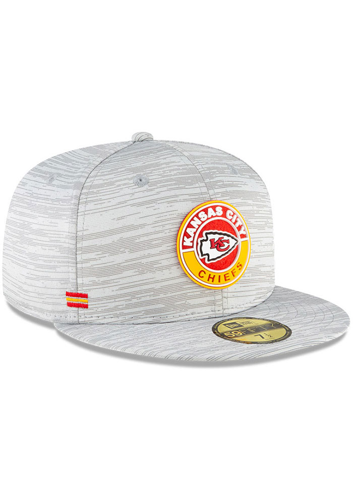 New Era Kansas City Chiefs Mens Grey NFL20 Official Sideline 59FIFTY Fitted Hat - Image 2