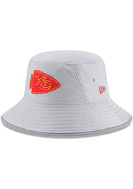 Kansas City Chiefs New Era 2018 Player Training Bucket Hat - Grey