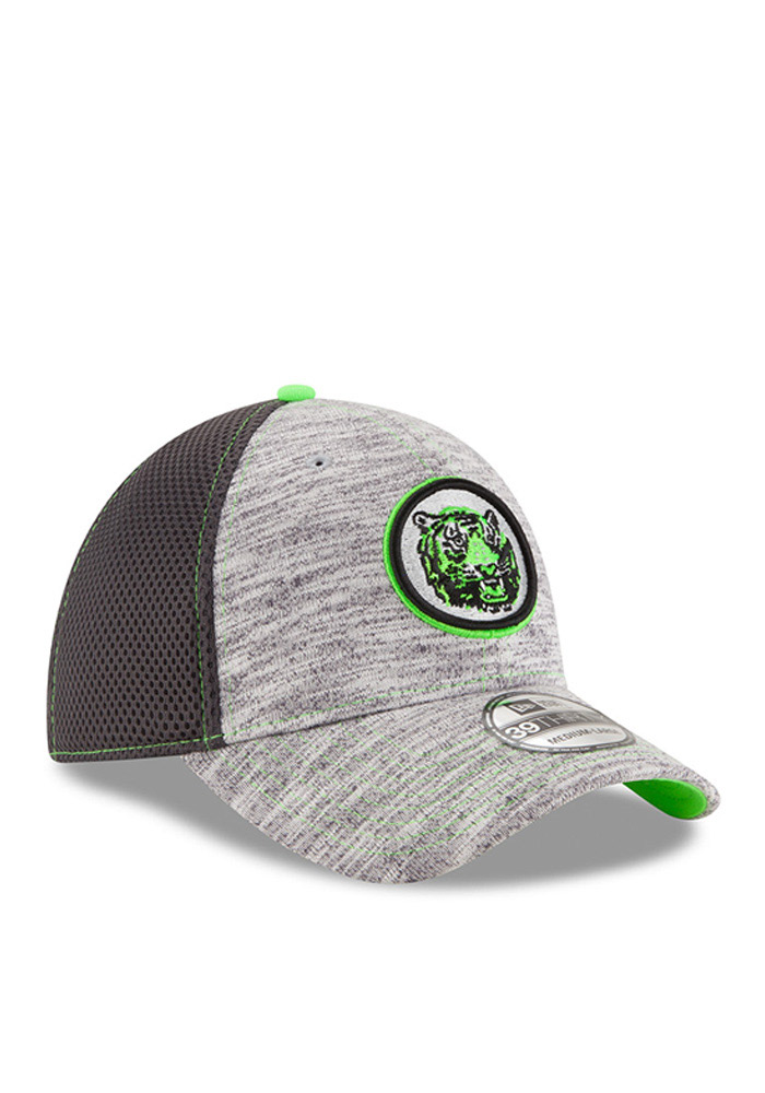 New Era Detroit Tigers Mens Grey Neon 2016 Clubhouse 39THIRTY Flex Hat - Image 2