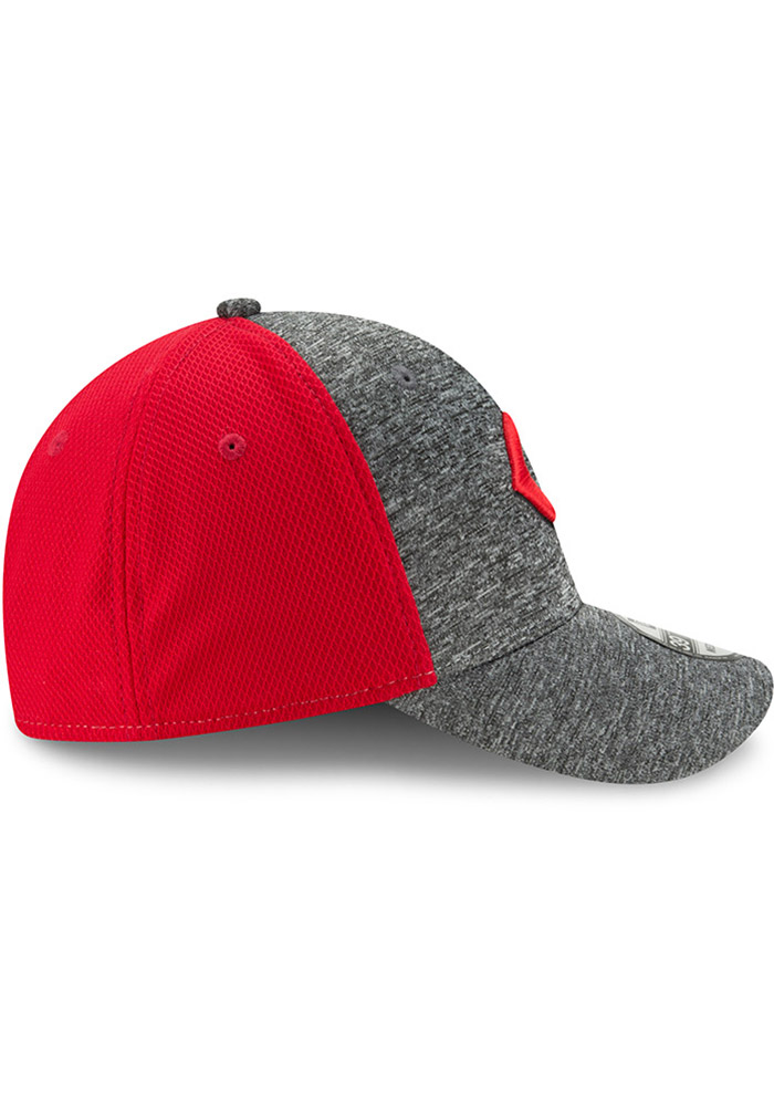 97b5b2836dd799 ... where can i buy new era cincinnati reds mens grey shadow blocker  39thirty flex hat image