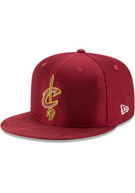 Cleveland Cavaliers New Era NBA17 On Court Fitted Hat - Maroon