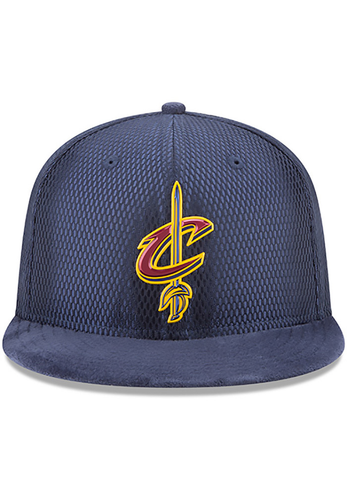 New Era Cleveland Cavaliers Navy Blue NBA17 On Court Reverse Mens Snapback Hat - Image 3