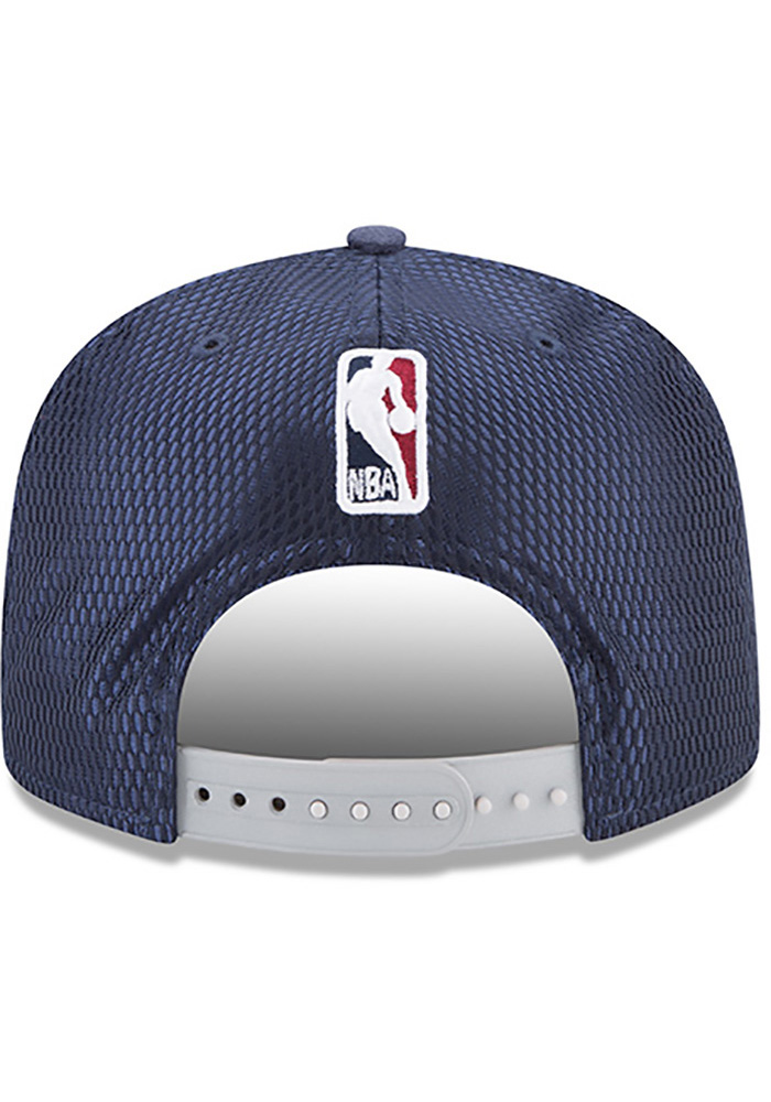 New Era Cleveland Cavaliers Navy Blue NBA17 On Court Reverse Mens Snapback Hat - Image 5