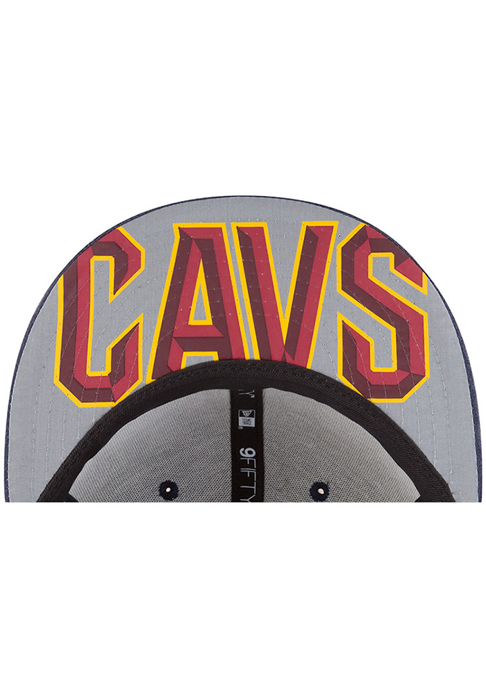 New Era Cleveland Cavaliers Navy Blue NBA17 On Court Reverse Mens Snapback Hat - Image 7