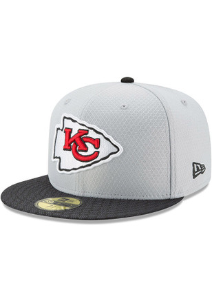 Kansas City Chiefs New Era Mens Grey 2017 Official Sideline Fitted Hat