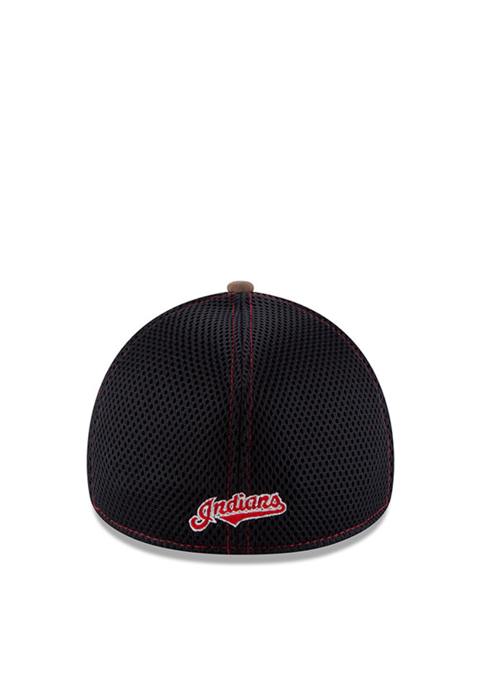 New Era Cleveland Indians Mens Green Realtree Neo 39THIRTY Flex Hat - Image 3