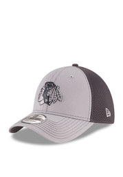 Chicago Blackhawks Grey Grayed Out Neo 2 39THIRTY Youth Flex Hat