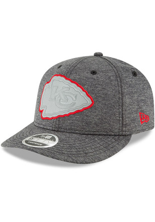 New Era Kansas City Chiefs Mens Grey Beveled Hit Flect 9TWENTY Adjustable Hat