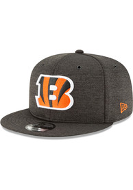san francisco 4ab55 47dc0 New Era Cincinnati Bengals Youth Black NFL18 Official Sideline Home Jr  9FIFTY Snapback Hat