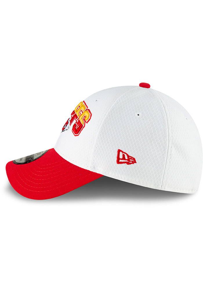 09b4ee10f New Era Kansas City Chiefs Mens White KC Chiefs NFL18 Mexico Game 9FORTY  Adjustable Hat -