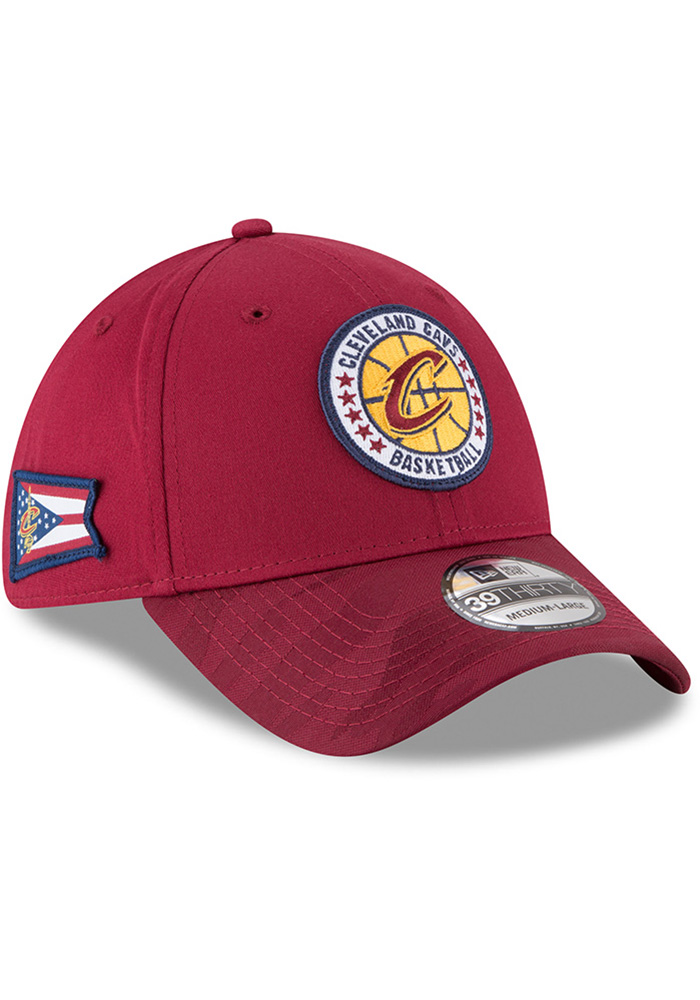 New Era Cleveland Cavaliers Mens Maroon 2018 Tip Off 39THIRTY Flex Hat - Image 2