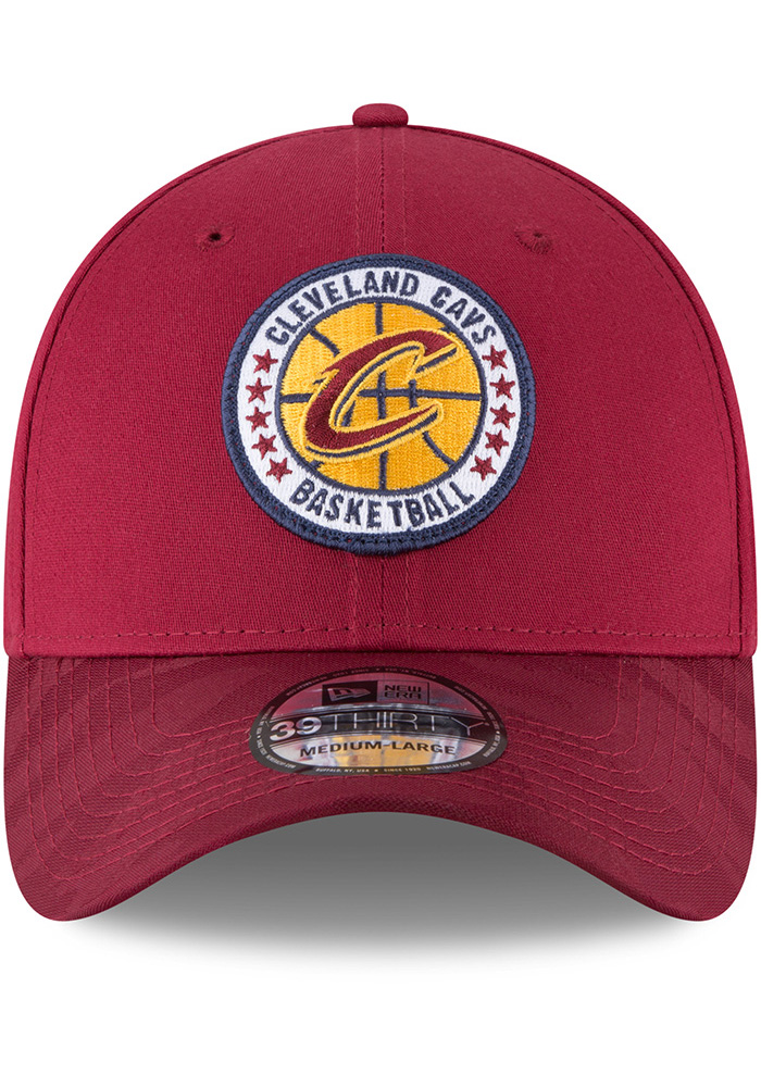 New Era Cleveland Cavaliers Mens Maroon 2018 Tip Off 39THIRTY Flex Hat - Image 3