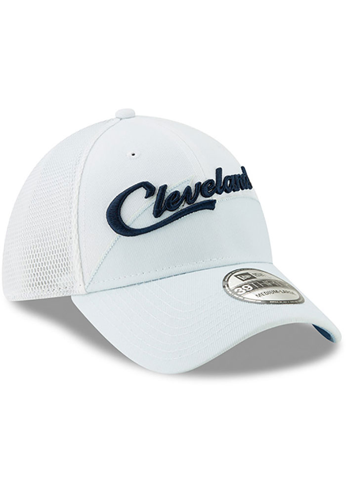 New Era Cleveland Cavaliers Mens Maroon 2018 Christmas Day 39THIRTY Flex Hat - Image 2