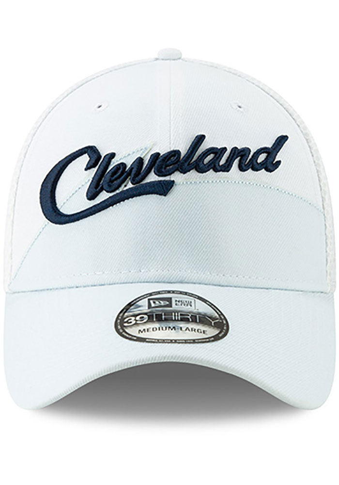 New Era Cleveland Cavaliers Mens Maroon 2018 Christmas Day 39THIRTY Flex Hat - Image 3