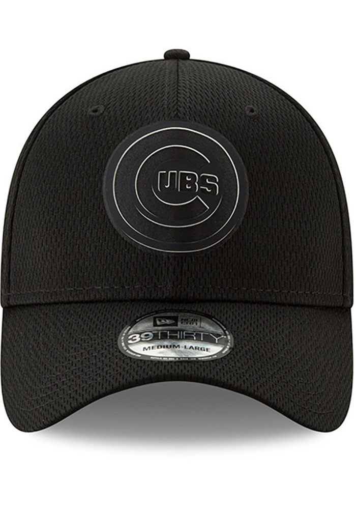 New Era Chicago Cubs Mens Black 2019 Clubhouse 39THIRTY Flex Hat - Image 2