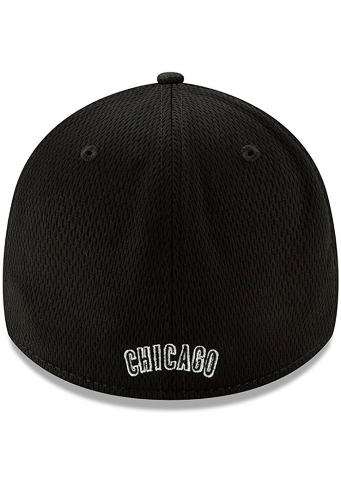 New Era Chicago Cubs Mens Black 2019 Clubhouse 39THIRTY Flex Hat - Image 3
