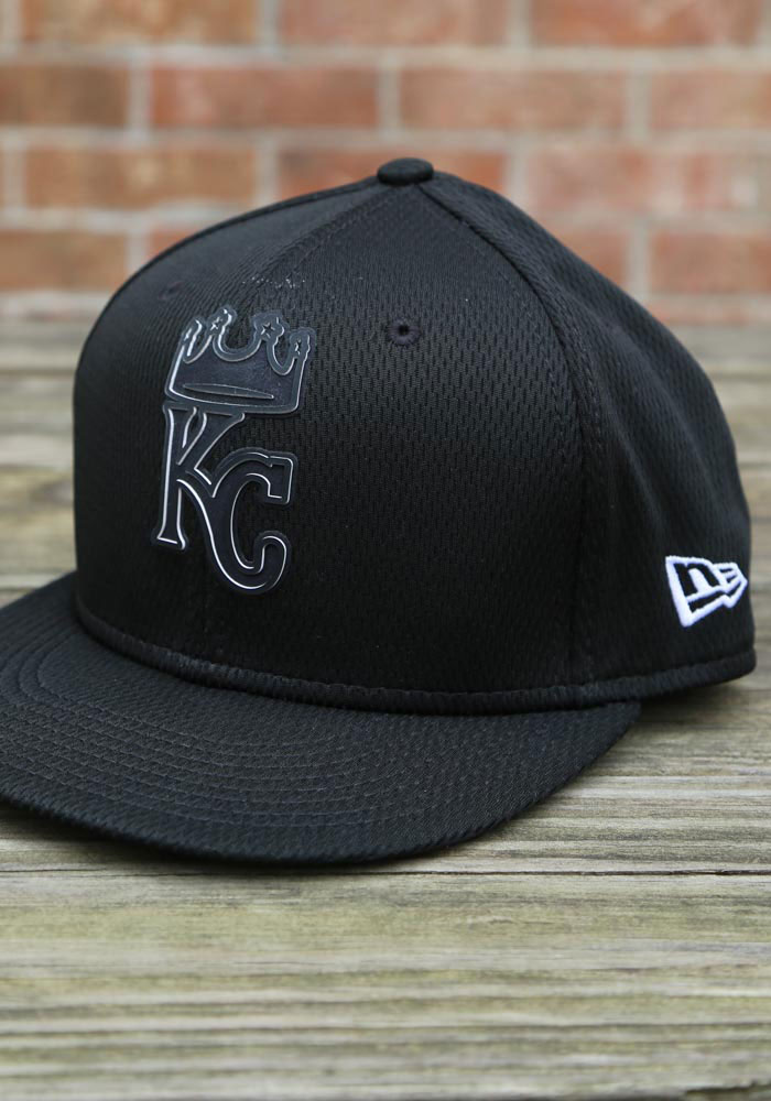 New Era Kansas City Royals Mens Black 2019 Clubhouse 59FIFTY Fitted Hat - Image 7