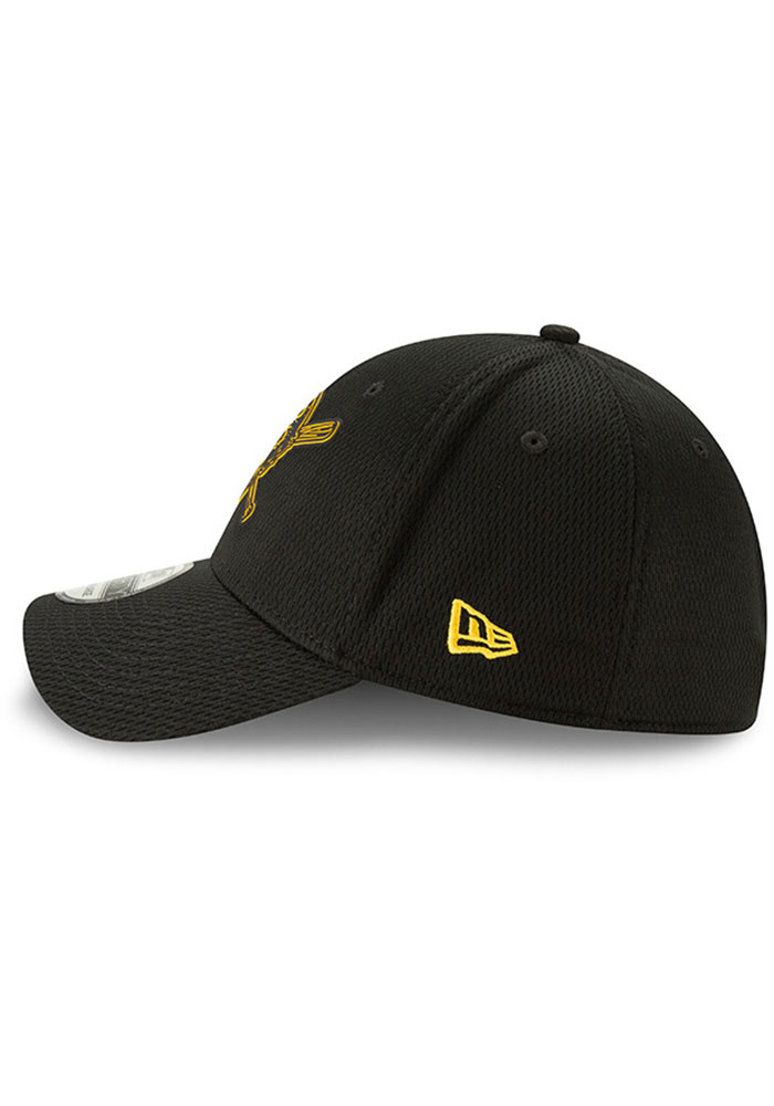 New Era Pittsburgh Pirates Mens Black 2019 Clubhouse 39THIRTY Flex Hat - Image 4