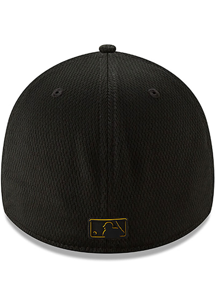 New Era Pittsburgh Pirates Mens Black 2019 Clubhouse 39THIRTY Flex Hat - Image 5