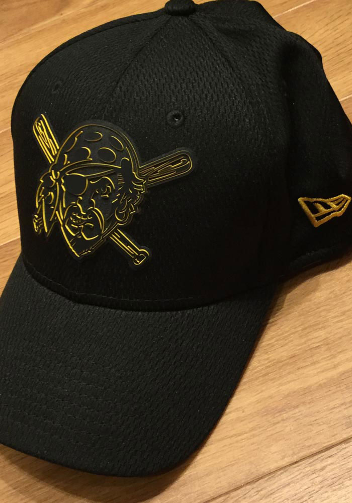 New Era Pittsburgh Pirates Mens Black 2019 Clubhouse 39THIRTY Flex Hat - Image 7
