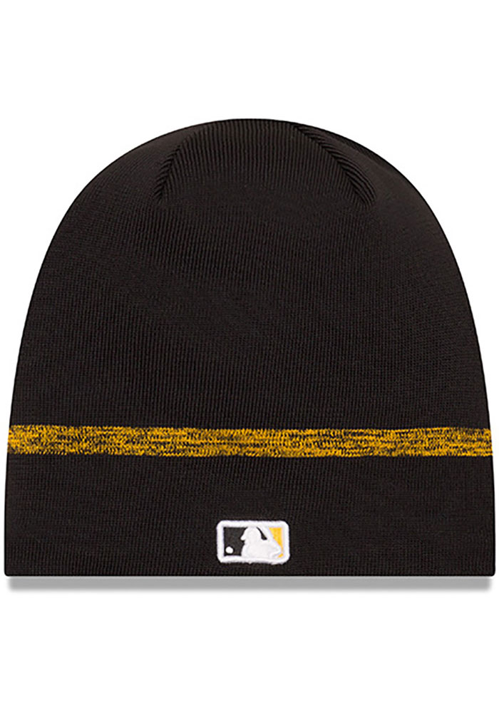 New Era Pittsburgh Pirates Black 2019 Clubhouse Mens Knit Hat - Image 2