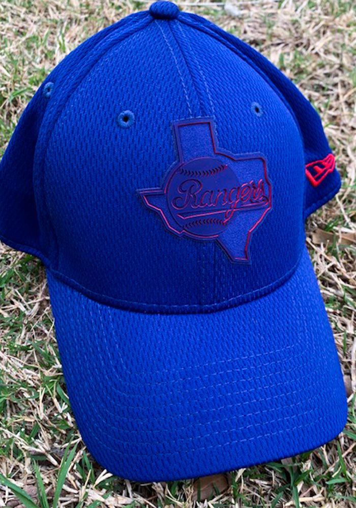 New Era Texas Rangers Mens Red 2019 Clubhouse 39THIRTY Flex Hat - Image 8