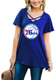 Philadelphia 76ers Womens Gameday Couture Cross the Line Scoop Neck T-Shirt - Blue