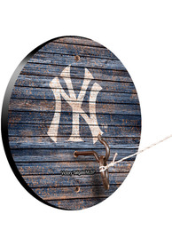 New York Yankees Hook and Ring Tailgate Game