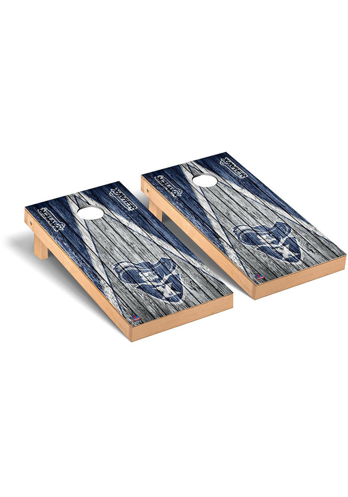 Xavier Musketeers Triangle Weathered Version Cornhole Tailgate Game - Image 1
