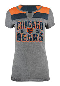 Chicago Bears Womens Tri-Blend Charcoal Scoop T-Shirt