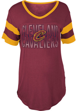 Cleveland Cavaliers Womens Red Training Camp T-Shirt